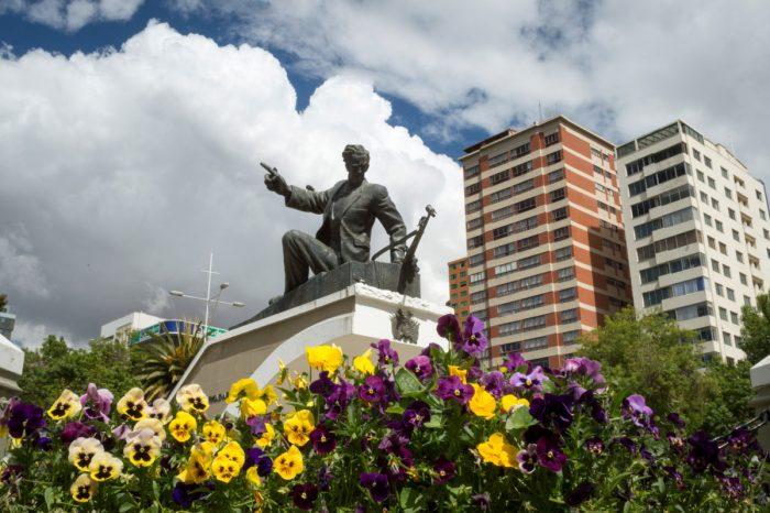 Monumento a Eduardo Abaroa, La Plaza Abaroa en Sopocachi, La Paz - Bolivia